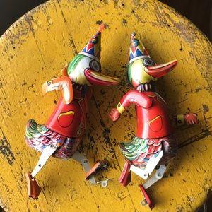 Vintage tin toy ducks 🦆